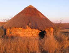 Old Zulu hut, Ithala Game Reserve