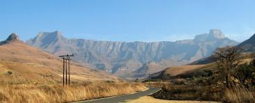 Drakensberg amphitheatre - © Yvonne Fox